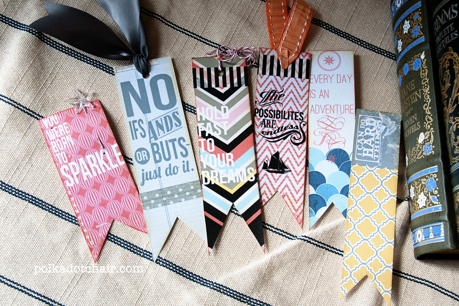 DIY Quote Bookmarks