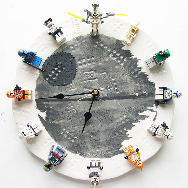 DIY Star Wars Lego Clock