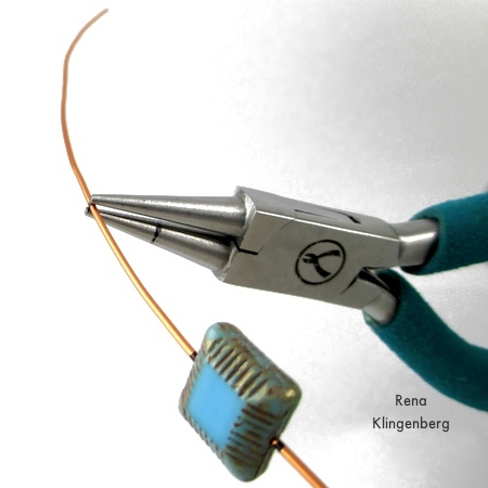 Bending the wire for Adjustable Wire-Wrap Bead Ring - Tutorial by Rena Klingenberg