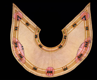 Collar, Jessie Newbery, about 1900, Scotland. Museum no. T.65-1953. © Victoria and Albert Museum, London